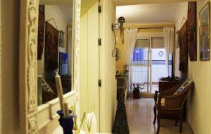 Apartamento Artístico con Patio en el Centro