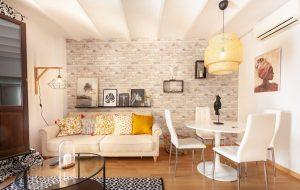 Beautiful Apartment in Abat Street by Batuecas