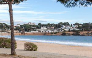Casa junto al mar con piscina salina comunitaria